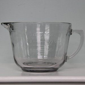 Anchor Hocking 8-Cup Measuring Cup